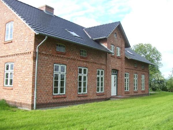 Shh immobilien kauf schleswig holstein tetenb ll for Modernes landhaus