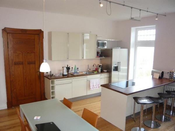 shh immobilien m bliertes wohnen hamburg m bliertes wohnen kiel haus wohnung wohnen auf zeit. Black Bedroom Furniture Sets. Home Design Ideas