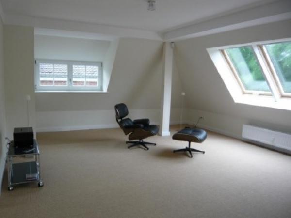 shh immobilien miete kiel d sternbrook shh immobilien hochwertige wohnung in bester lage. Black Bedroom Furniture Sets. Home Design Ideas